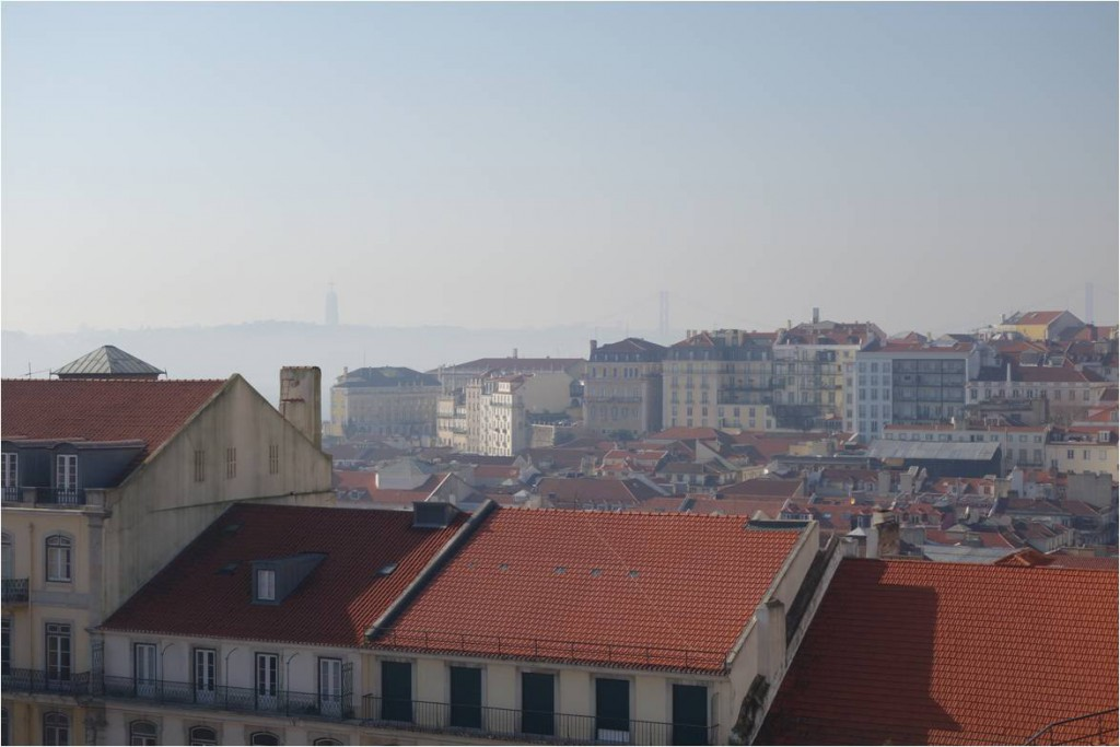 Elevador Castelo Aussicht auf Lissabon