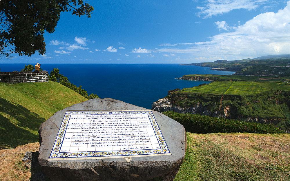 """Überall auf den Azoren gibt es herrliche Aussichtspunkte, sogenannte """"Miradouros"""""""