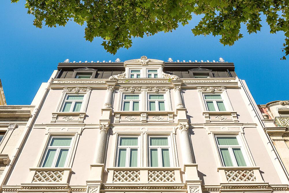 Außenfassade des Valverde Hotel in Lissabon