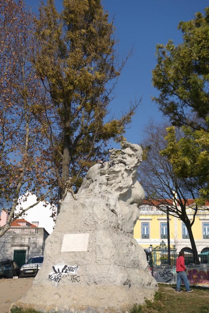 Der Adamastor - Steinstatue auf dem Miradouro Santa Catarina
