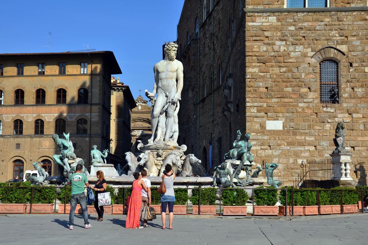 Berühmter Neptunbrunnen in Florenz