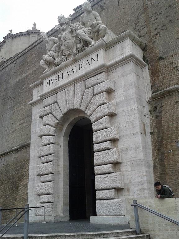 Eingang zu den Vatikanischen Museen