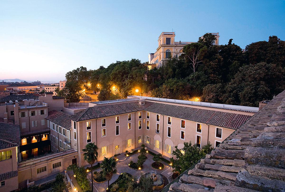 Hotel Donna Camilla Savelli, Rom am Abend