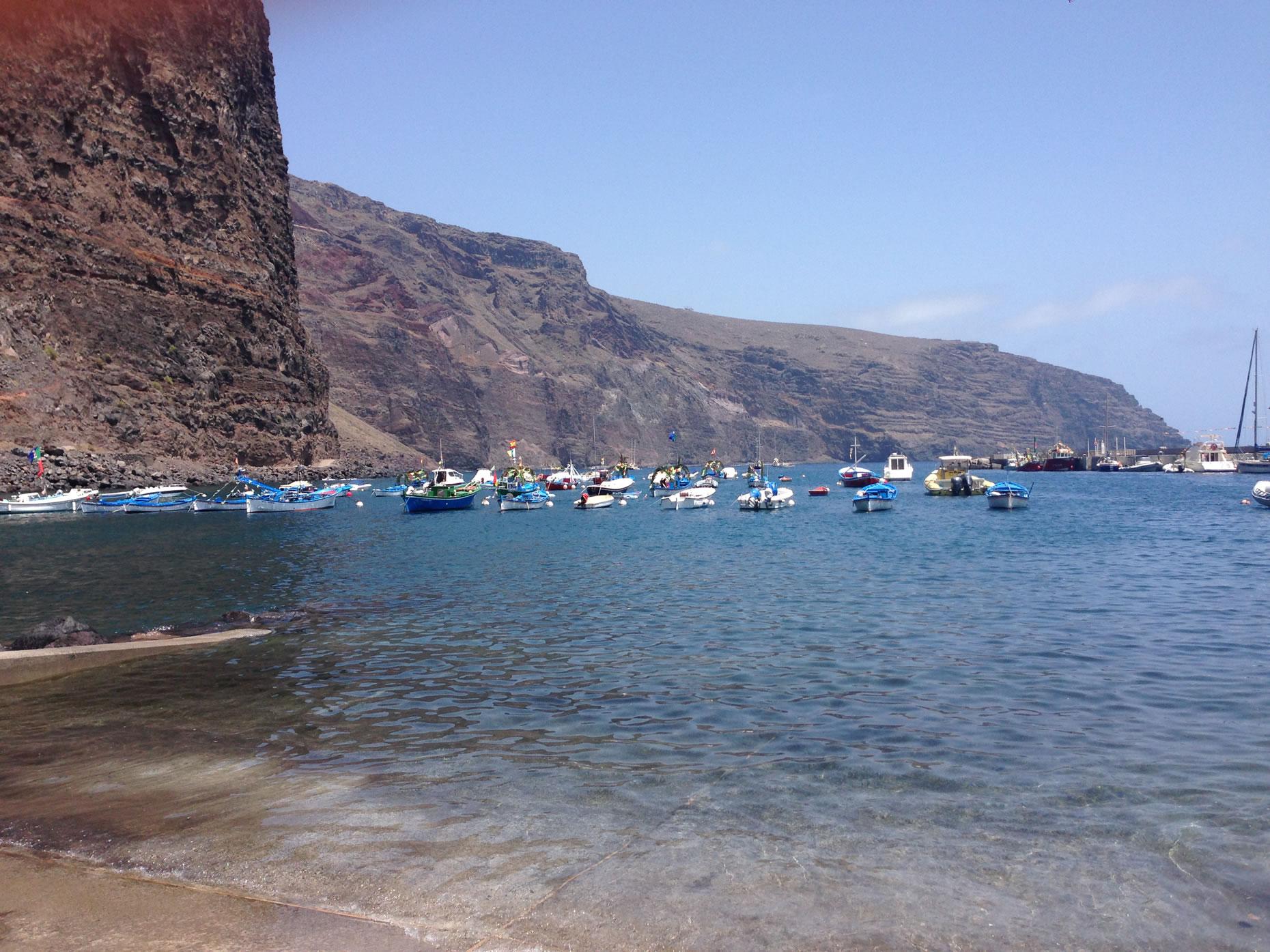 Die Tour startet gemächlich im Hafen von Vueltas