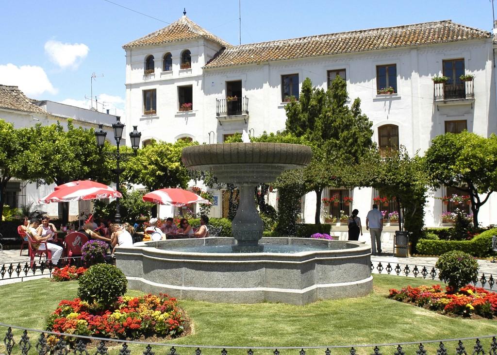 Plaza Las Flores Estepona