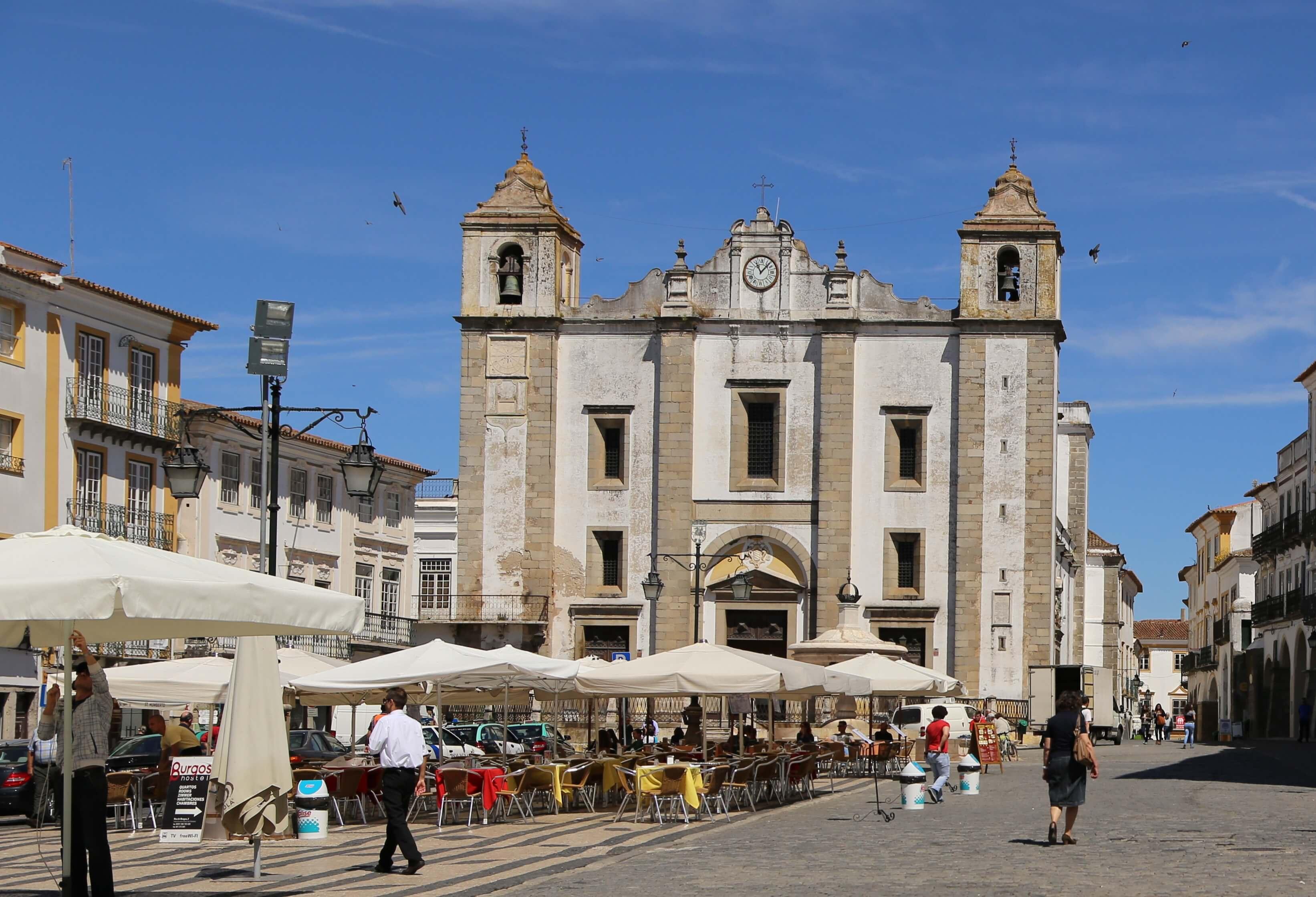 Évora - Küche, Kirchen und Klöster