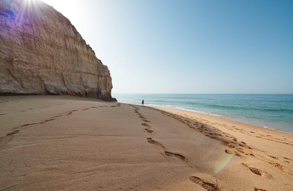 Fußspuren Sand Strand Algarve Portugal