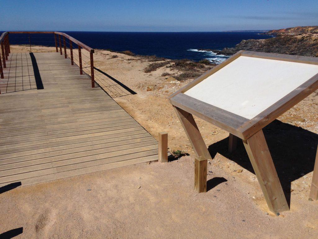 Rota Vicentina leere Infotafeln Cabo Sardao