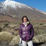 Roswitha H. vor dem Teide