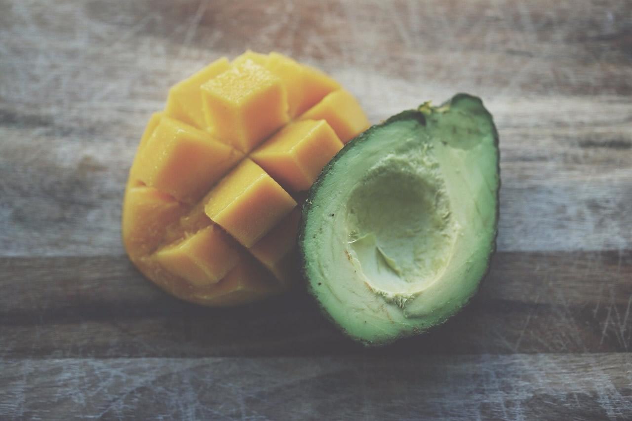Avocado und Mango