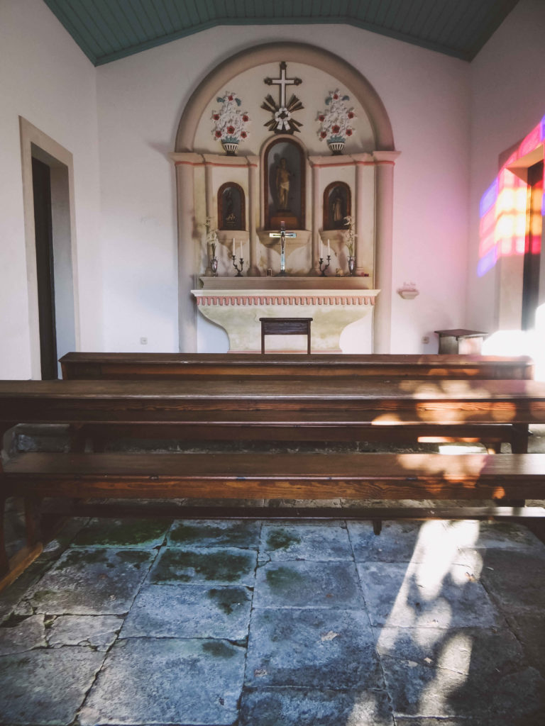 Innenraum Kapelle Solar de Lalém