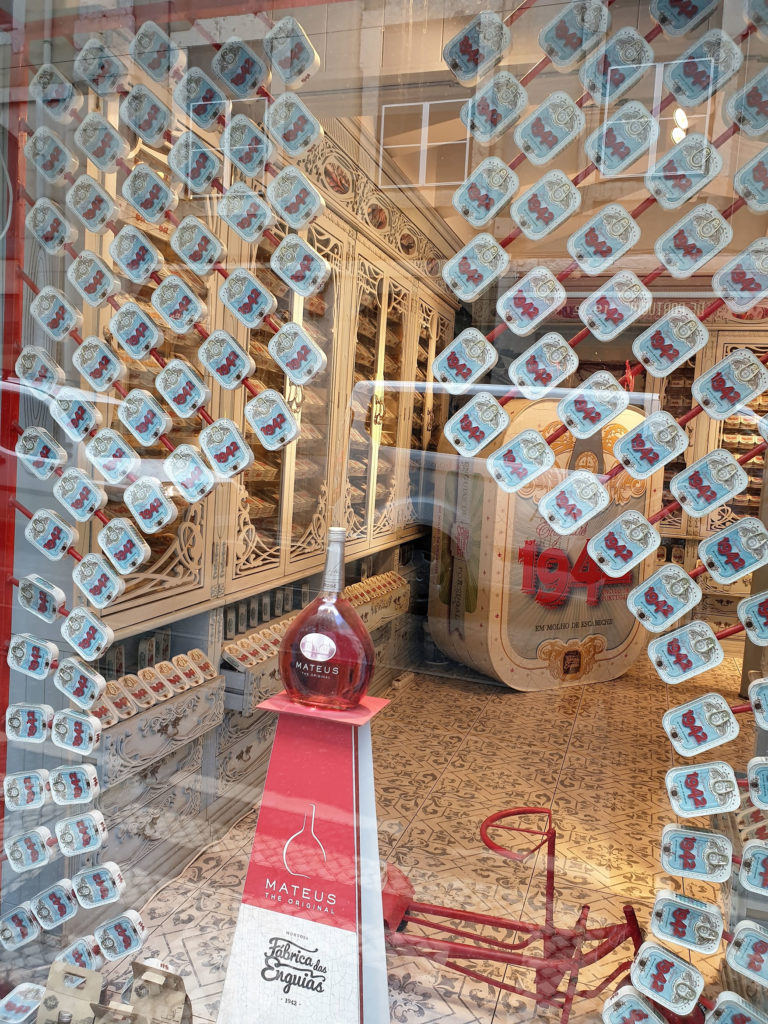 Schaufenster Konserven Murtosa Lissabon