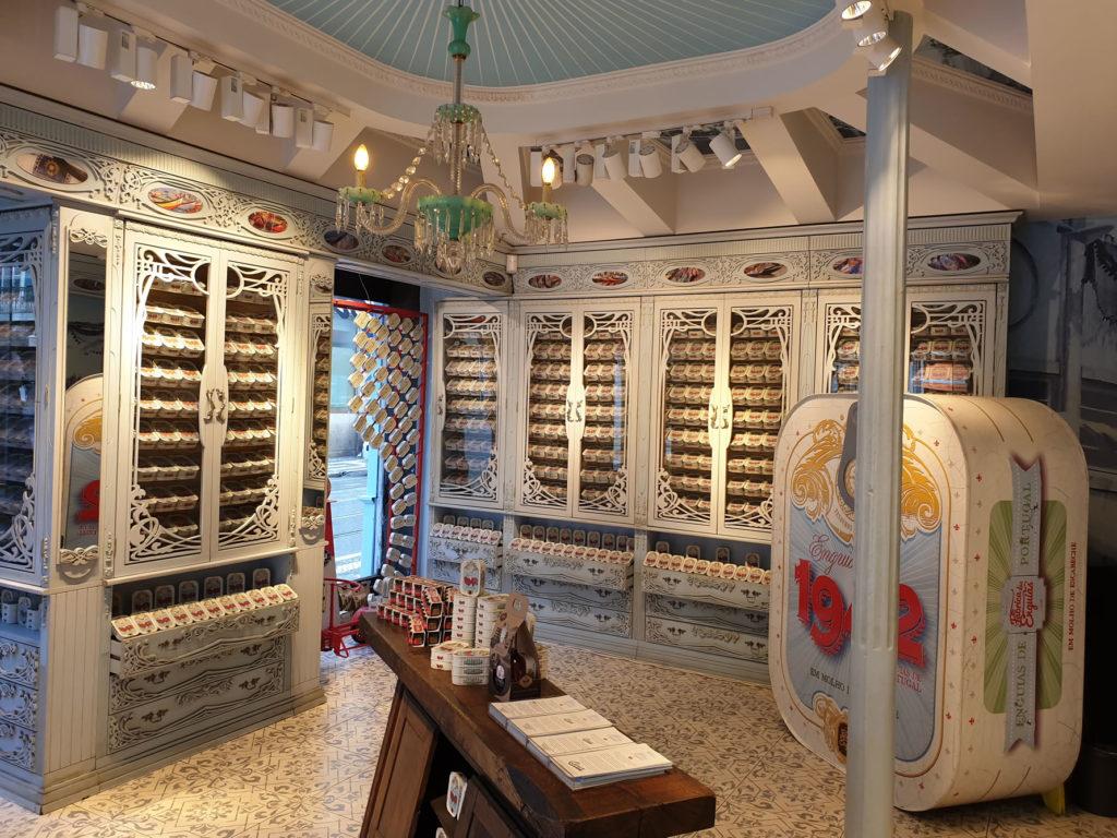 Verkaufsraum Konserven Murtosa Lissabon