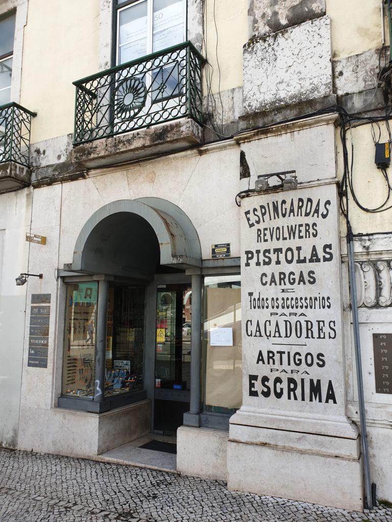 Waffenhandlung Lissabon