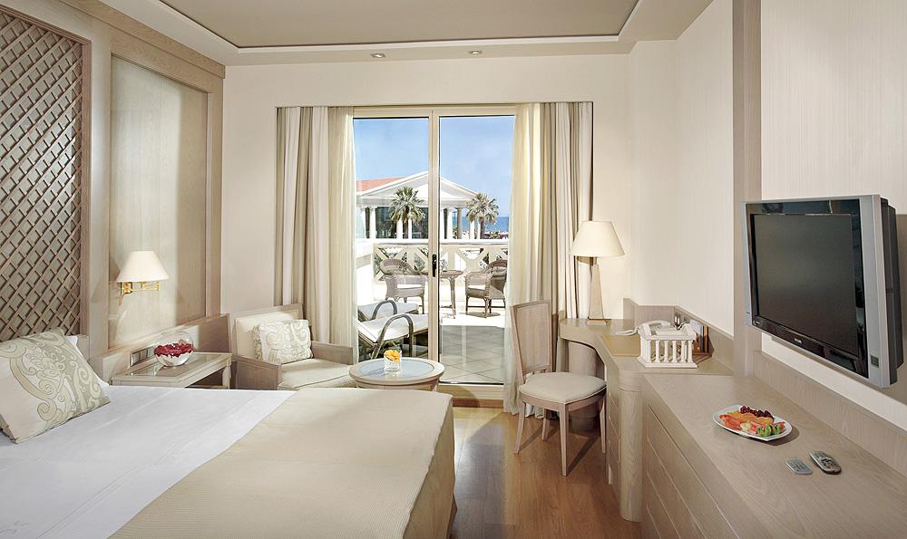 Hotel Las Arenas Deluxe-Zimmer