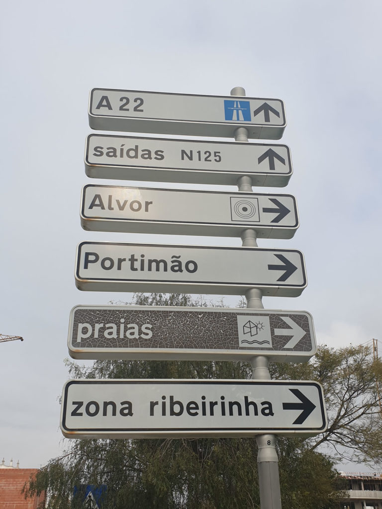 Nationalstraße an der Algarve
