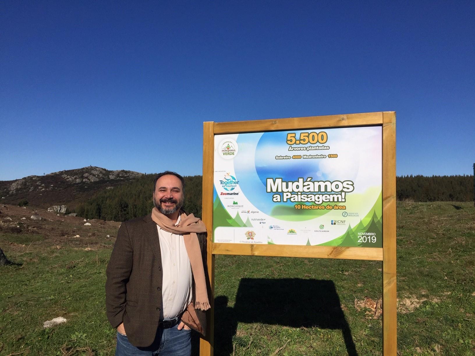 Elio Vicente Montanha Verde